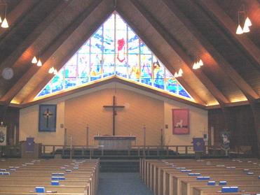 Англиканская церковь совместила венчание с крещением