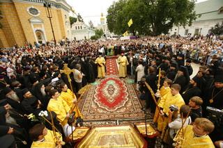 Патриарх Кирилл прибыл в Лавру