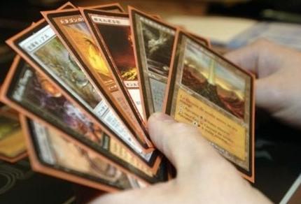 В Британии продается христианская версия карточной игры