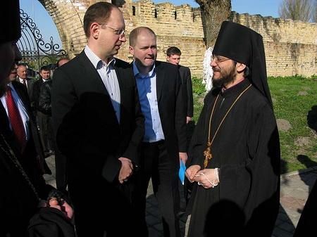 А.Яценюк запропонував шлях до подолання розколу в православ