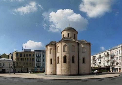 Успенская церковь Пирогоща в истории Киева