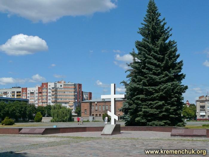 Будівництво головного собору Кременчука затягується