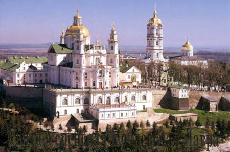 Священний Синод УПЦ розпочався в Почаєві
