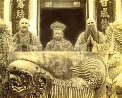 Настоятель буддистского монастыря - старейший житель планеты