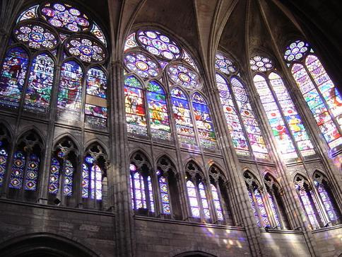 Епископы в Париже обсуждают статус РКЦ в странах ЕС