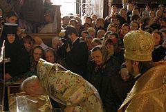 Предстоятель УПЦ закликав наслідувати архієпископа Філарета