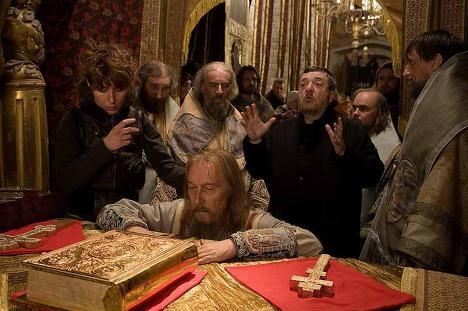 """Диктатор и святой: """"Царь"""" Павла Лунгина"""