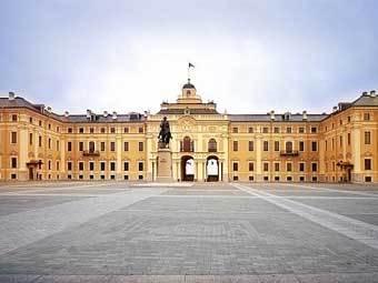 Резиденцию президента освятили с концертом