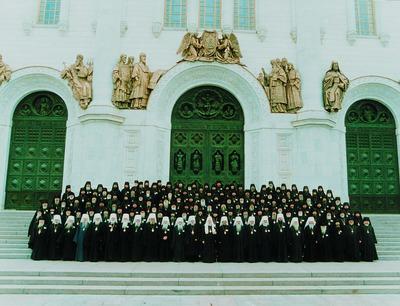 50% верующих УПЦ КП уверены, что их лидеры - иерархи РПЦ