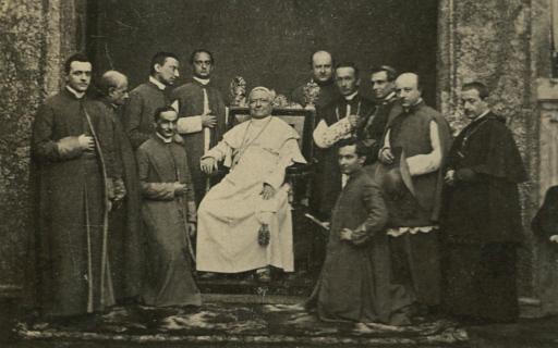 Непогрешимость Папы: 140 лет спустя