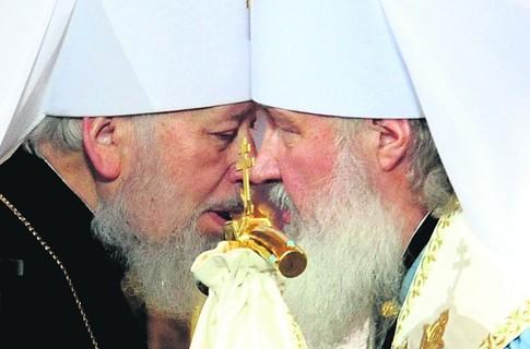 «Победа обоих – и Януковича, и Тимошенко приведет к усилению позиций Московского патриархата»
