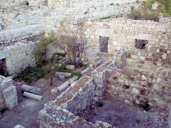 Найдена стена из жизнеописания царя Соломона