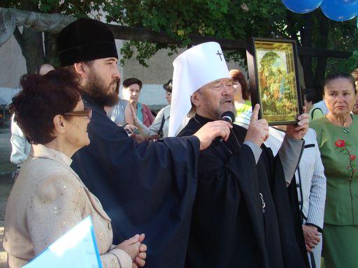 Учителів вітав митрополит