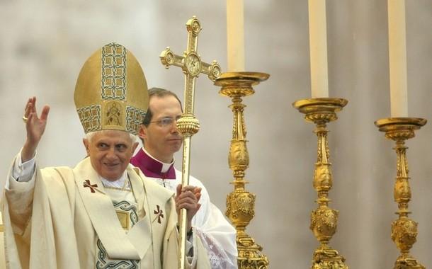 Пряма трансляція Богослужінь Папи Римського 2-4 квітня - в Україні