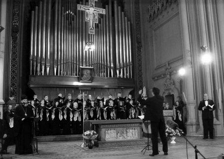Твори архієпископа Йонафана виконують у Росії