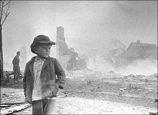 """""""Хоть я и  не воевал по возрасту, все равно от немцев пострадал"""""""