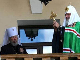 УПЦ будет без автокефалии. Но во главе с Патриархом?