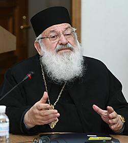 Глава українських греко-католиків Любомир Гузар закликав до єдності християн України