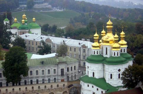 Депутаты Киевсовета отказались выселять музеи из Лавры