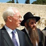 Премьер-министр Украины создаст Фонд поддержки еврейских захоронений
