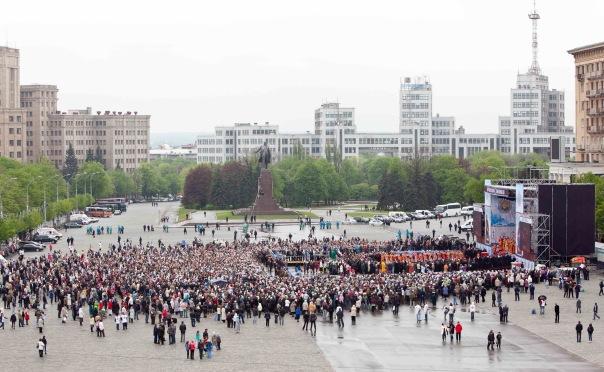 В Харьковской епархии не хотят верить в действие фотошопа, хотя его использование подтвердил автор нашумевшего снимка (ФОТО)