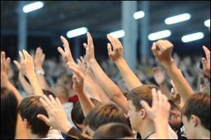 Релігійність української молоді: раціональний вибір чи спонтанний крок?