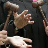 «Релігійна громада сповідуючих Віру в Найвищу Цінність Людини» визнала злом скупчення черг в канцелярії Київського апеляційного адмінсуду
