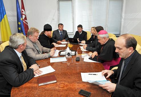 """Українські Церкви заснували Благодійний фонд """"Християнська освіта"""""""