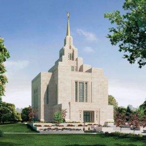 Киевский храм мормонов объявлен министерством Кабмина лучшим религиозным строением в Украине (ФОТО)