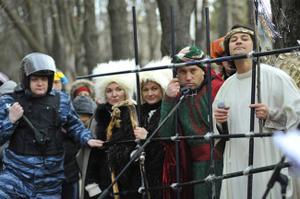 Під стінами Лук'янівського СІЗО 50 українських музикантів і літераторів влаштували для Ю.Луценка вертеп