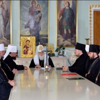 УПЦ КП покладає надію на діалог з УПЦ (МП), а глав світових Церков просить нагадати Московському Патріархату про недопустимість другого хрещення