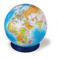 За кордоном працює 2,2 млн українців
