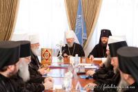Синод УПЦ вкотре намагається стабілізувати церковну ситуацію на Сході України