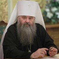 Управделами Московской Патриархии: архиереи должны помогать священникам деньгами