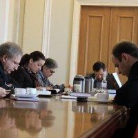 В Верховной Раде Украины продолжает собираться молитвенная группа депутатов