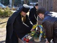 Архімандрит УПЦ відправив заупокійну літію за головнокомандувачем УПА