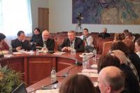 Учасники Всеукраїнського круглого столу закликають Міністерство освіти залишити викладання предметів духовно-морального спрямування у школах