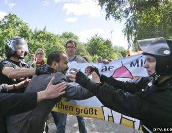 В Киеве состоялось гей-шествие. Задержаны православные активисты (ВИДЕО)
