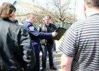 Депутаты Бердянского горсовета добились увольнения двух священников УПЦ и продолжают их преследование