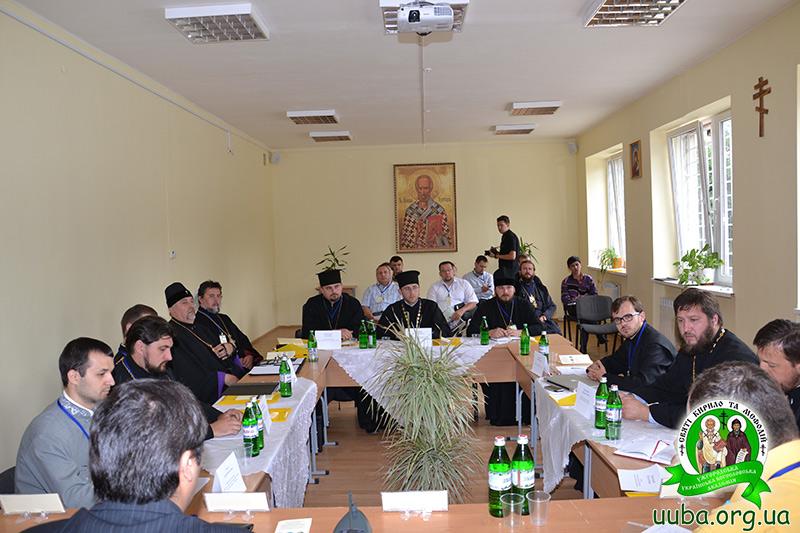 Духовенство УПЦ (МП), УПЦ КП, УАПЦ та можновладці ініціюють концепцію єдності Православних Церков