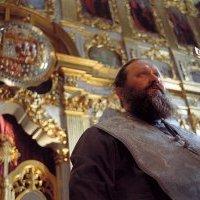 Митрополит Павел намерен выселить с территории Киевской лавры музеи, институт и больницу