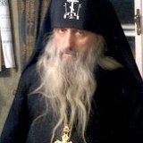 В Чернигове на рекордную сумму ограблен монах сомнительной репутации