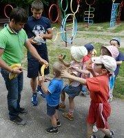 Американські баптисти лікують і підтримують дітей-сиріт з України