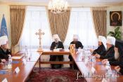 """Синод УПЦ створив нові єпархії, призначив нових єпископів та позбавив сану """"проблемних"""" священиків"""