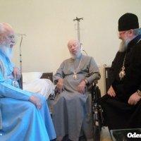 Митрополиты-оппоненты Предстоятеля УПЦ посетили его в больнице
