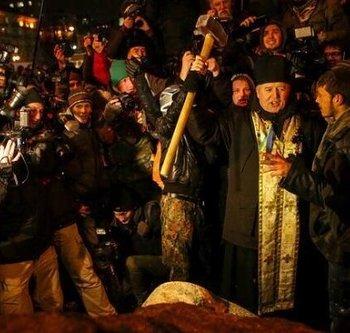 Церковь одобрила разрушение памятника Ленина