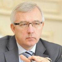 Янукович косвенно поддержал УГКЦ в конфликте с Минкультом, а министр Новохатько еще не вошел в курс дела