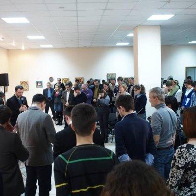 Молоді лідери євангельських церков України дискутували на круглому столі «Майдан і Церква: місія та громадянська відповідальність християнина»