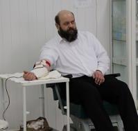 Волинське духовенство УПЦ КП і УПЦ (МП) бере активну участь у здачі крові для постраждалих протестувальніків