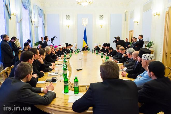 В.о. Президента України Олександр Турчинов закликав українців до примирення і прощення (ОНОВЛЕНО)